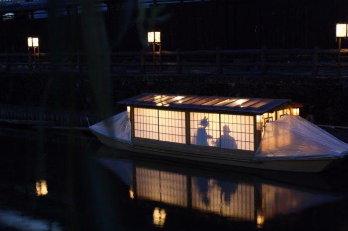 祝宴船 撮影;癸生川 壮 様